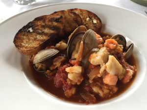 Old Vines Restaurant Seasonal Seafood Stew with Garlic Bread
